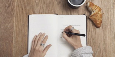 Site oferece materiais de estudo gratuitos para escritores